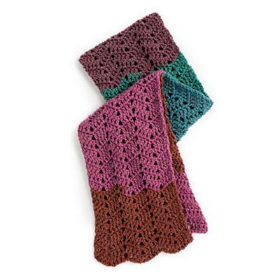 Free Crochet Waves Scarf Pattern