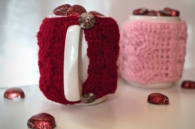 Easy Cabled Mug Cozy Free Pattern