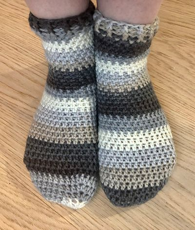 Free Crochet Comfy Cuff Socks Pattern