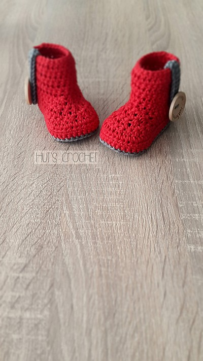 Hut's Amore Baby Booties Crochet Pattern