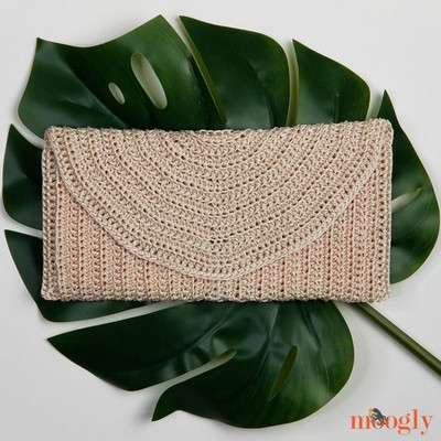 Perfect Summer Crochet Clutch